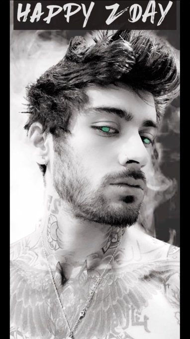 HE's FUCKING SHIRTLESS and HIS HAIR >>>>>>>> soooo LOOOOONG 🤪🥰 more and more in love with this AMAZING man 🙌🏼 #HappyBirthdayZayn Photo