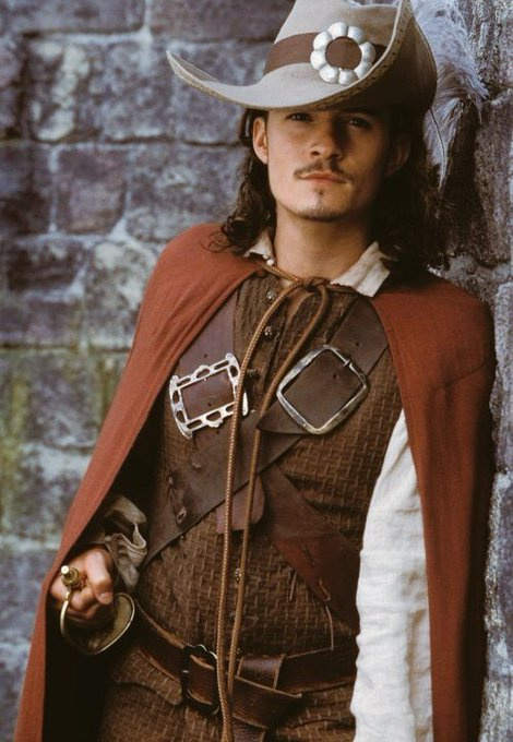 Happy Birthday to Orlando Bloom!