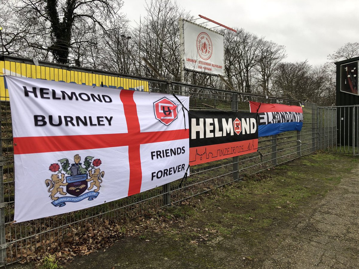The famous Helmond-Burnley flag at today's Helmond game away at Telstar.  #twitterclarets #UTC #Helmond    @SVHS1<br>http://pic.twitter.com/yKfCqWh0yK