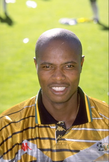 SAFA has confirmed that Bafana Bafana legend Phil Masinga has passed away at the age of 49. Photo