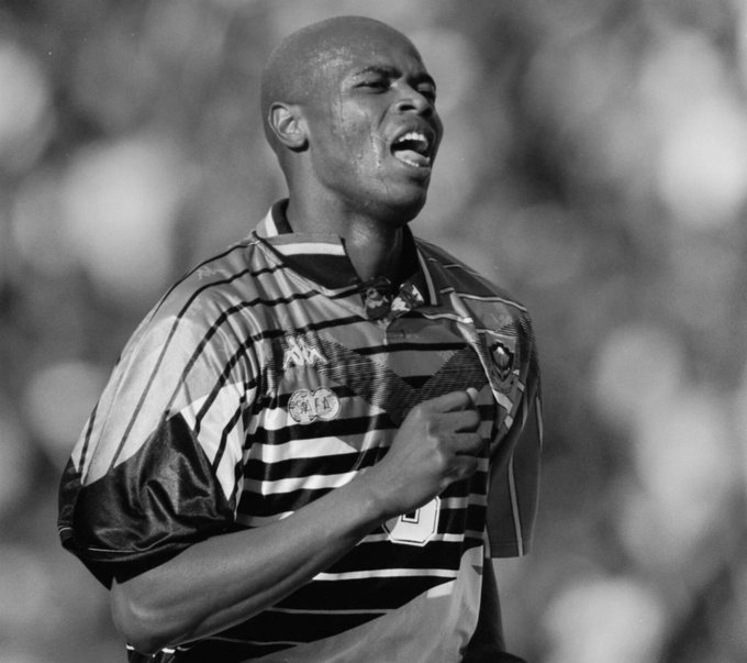 The man who's goal booked Bafana Bafana's ticket to the 1998 FIFA World Cup in France. Thank you for the memories Phil 'Chippa' Masinga. #RIPChippa #RIPMasinga ❤️🇿🇦 Photo