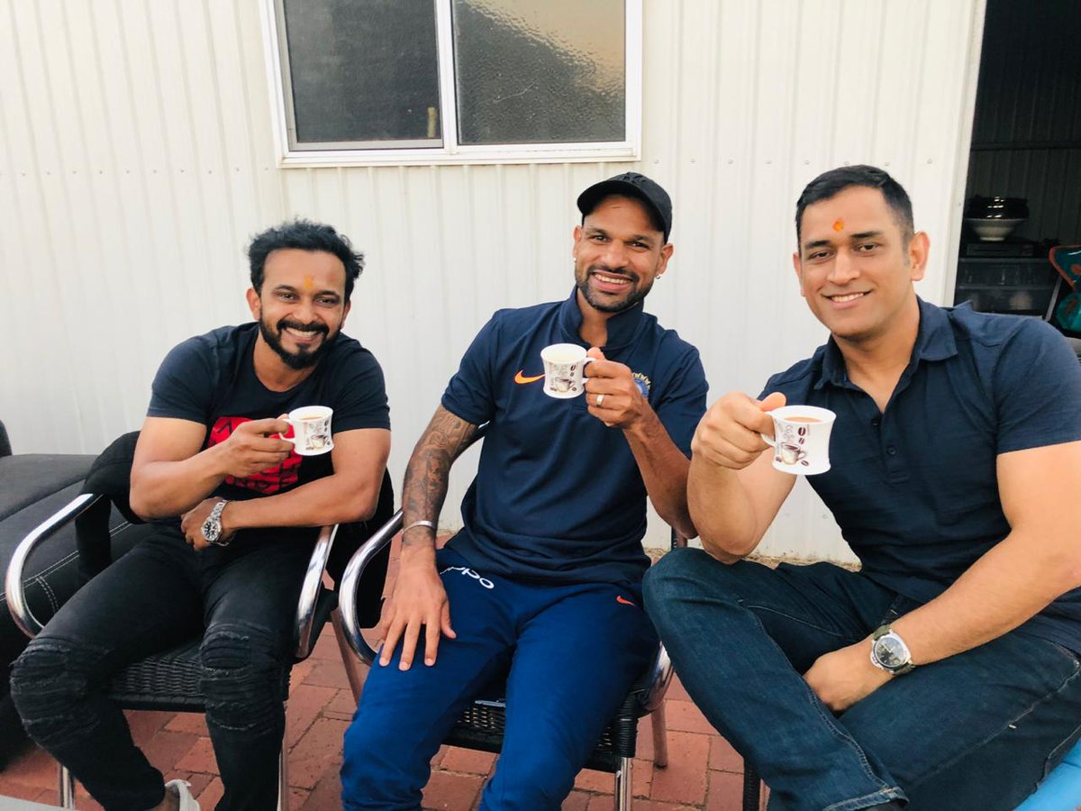 A Cup of Tea makes everything better! ☕ @msdhoni @SDhawan25