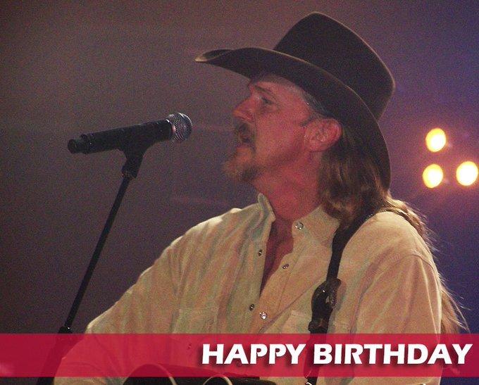 Happy Birthday Trace Adkins!