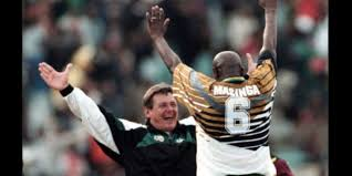 The Pa Gaxa Foundation has learnt about the sad passing of former @BafanaBafana & @LUFC striker Philemon Chippa Masinga. South African has lost one of its greatest son. We send our heartfelt condolences to the Masinga family, friends and supporters of the game. #RIPMasinga Photo
