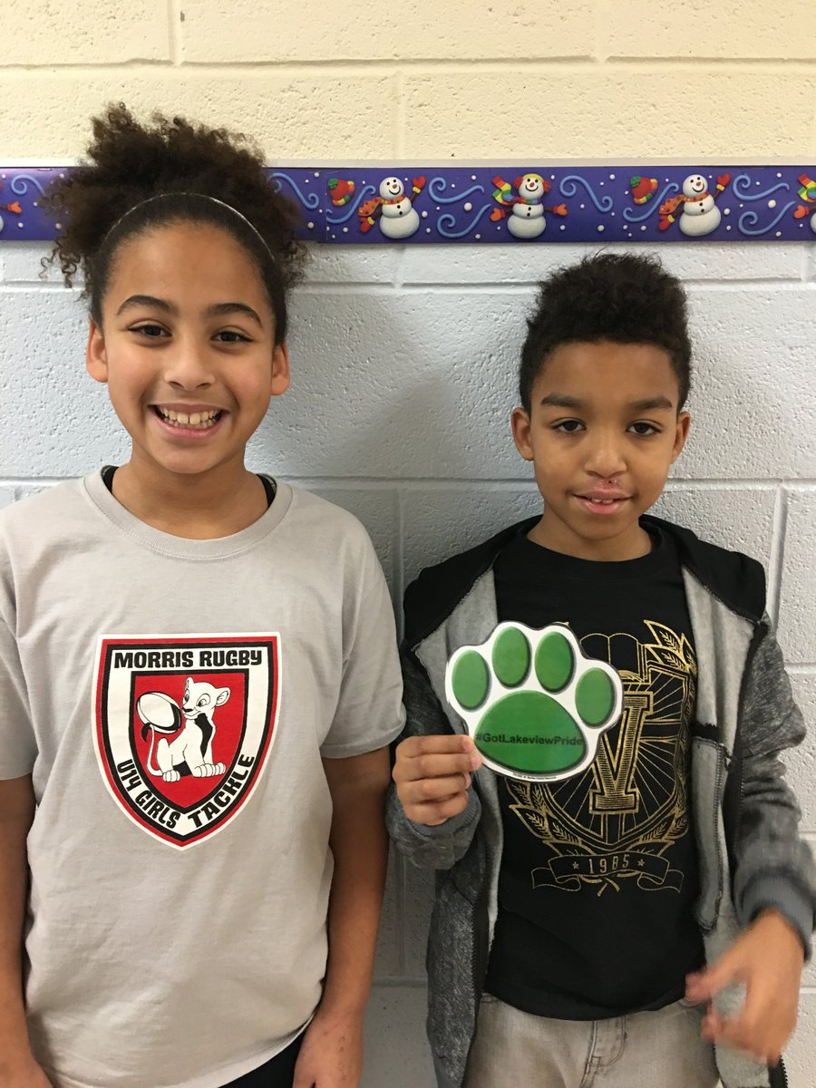 Students received Paws from peers for always saying hello &amp; being friendly, following directions &amp; persevering on a difficult math unit. #GotLakeviewPride is about the conversation of recognition and appreciate of core values in one another. @LVLionsDen @iDenville #payitforward <br>http://pic.twitter.com/1zseVOhUW8