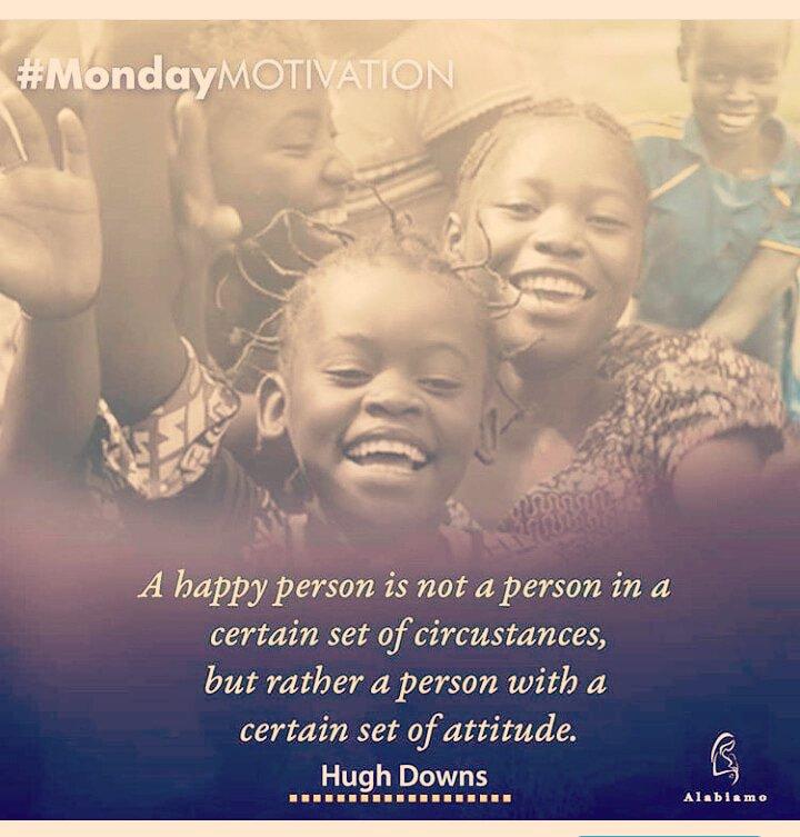 Stay positive! - - - - - - - -  #monday  #momlife #shopping #ShoppingQueen #maternityphotography #fashiondesigner #faahionista #trending #mondaymotivation #mondayfeels #mondayvibes