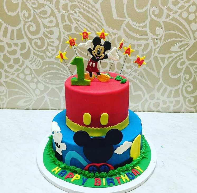 Strange Dana Herbert On Twitter Mickey Mouse Clubhouse Birthday Cake So Personalised Birthday Cards Veneteletsinfo