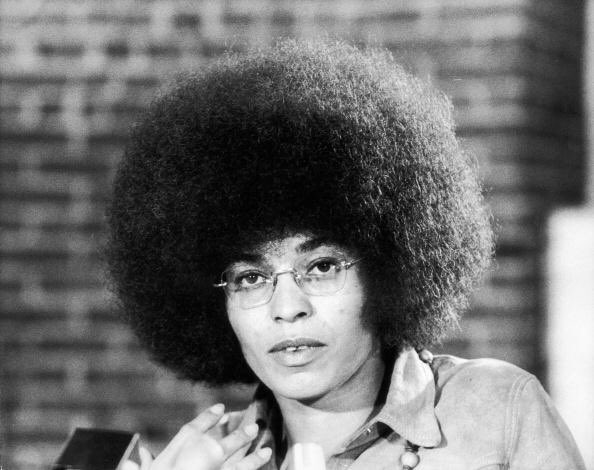 Happy 75th Birthday to leader, activist, and author Angela Davis.      : Fred W. McDarrah/Getty Images