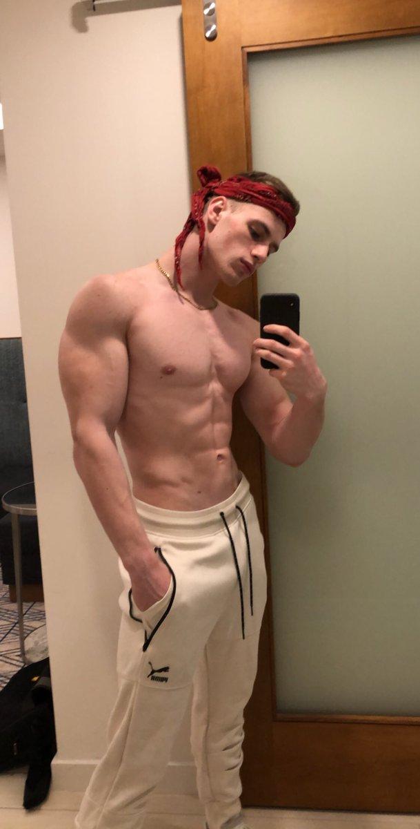 Kris evans freie Schwulenpornos