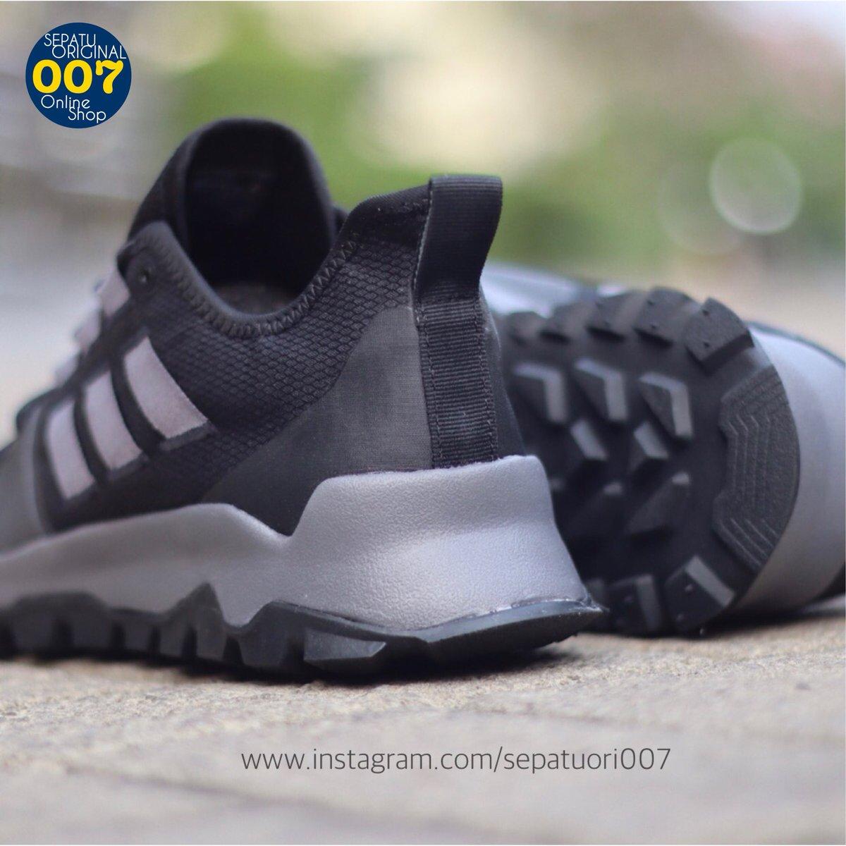 Fran?ais Chaussures 2019 Adidas Kanadia 8 Femmes Trail