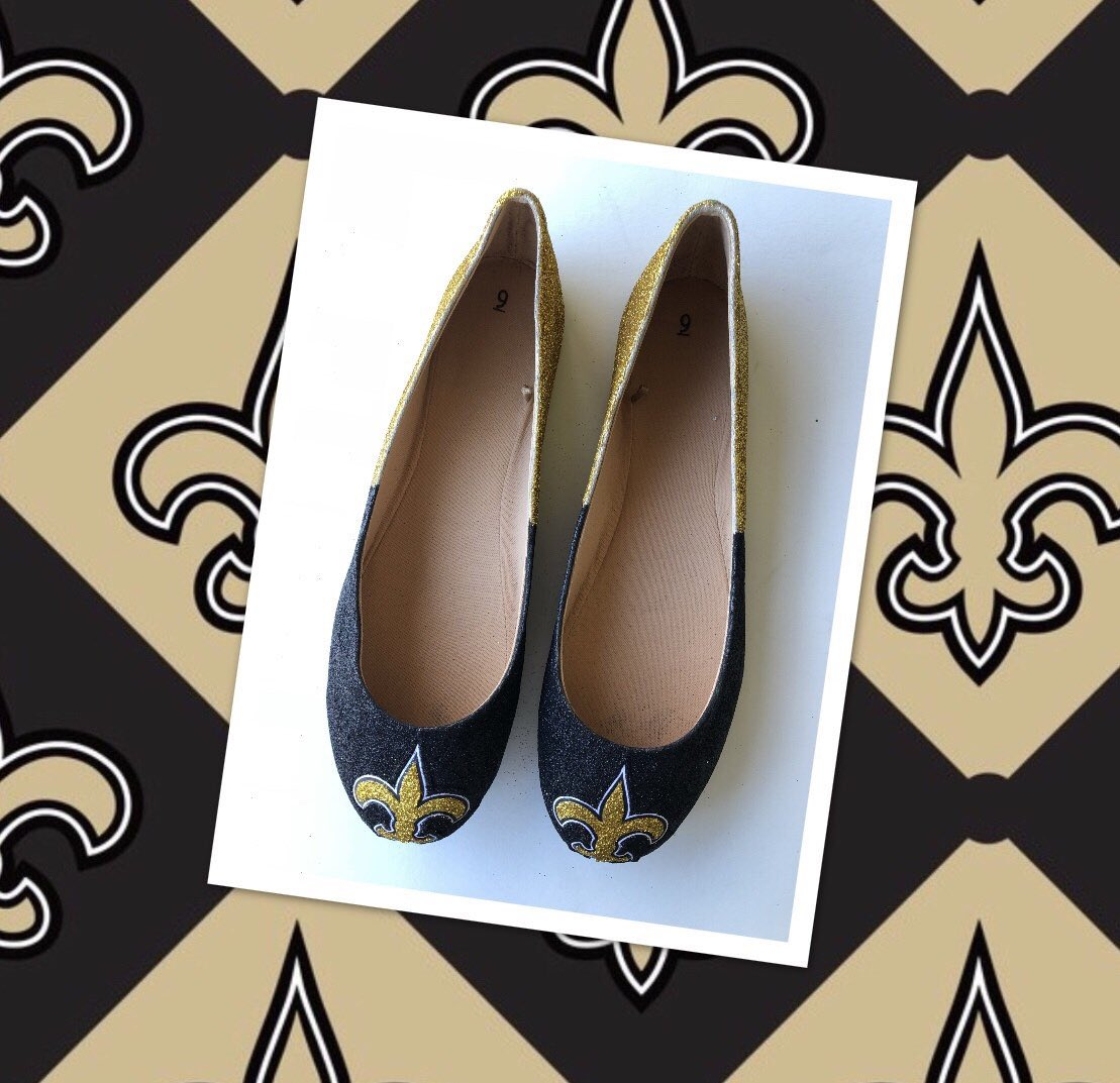 c411aea36ec0 ... Shoes  Free Shipping   kittypawsshoes  shoes  women  blackflats   saintsshoes  gold  kittypawsshoes https   etsy.me 2Rfilrn pic.twitter .com lqVLYTTH5L