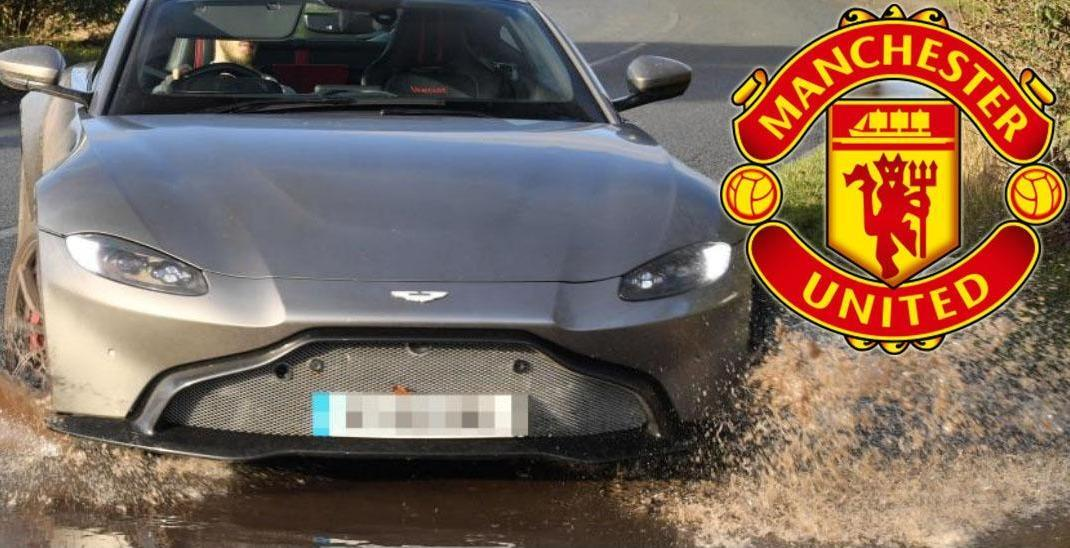 Man Utd stars forced to drive their expensive cars through dirty flooded entrance https://www.thesun.co.uk/sport/football/8289999/man-utd-expensive-cars-flooded-entrance-training-ground/?utm_medium=Social&utm_source=Twitter#Echobox=1548595272…