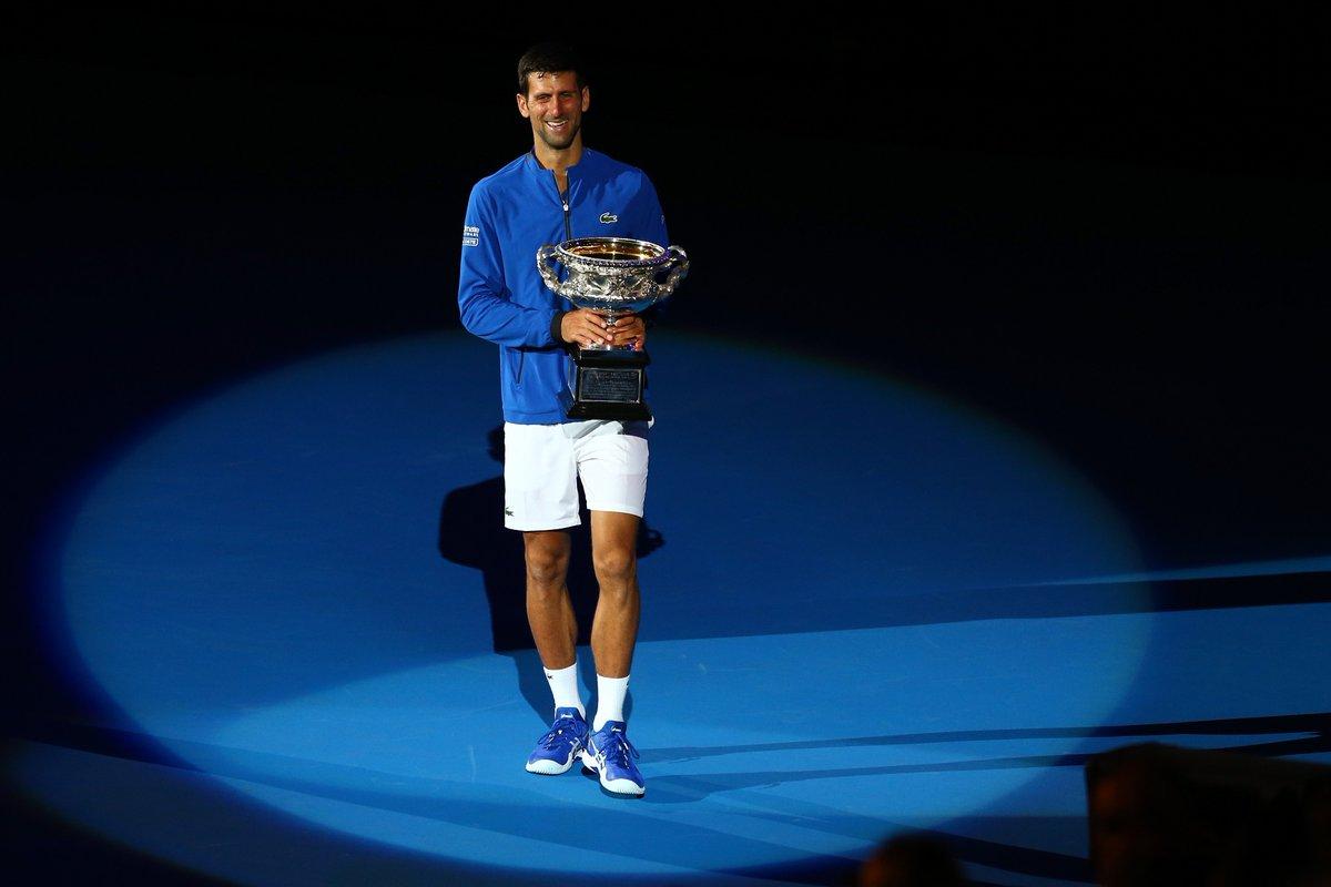 Novak Djokovic🇷🇸 venció a Rafael Nadal🇪🇸 y se quedó con el #AustralianOpen   https://t.co/iqRsE2qmDu