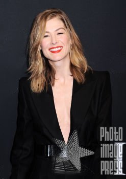 Happy Birthday Wishes to this lovely lady Rosamund Pike!
