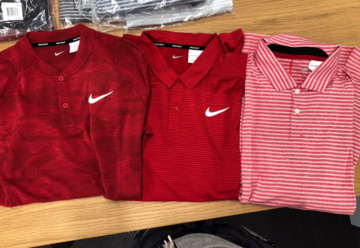 86829e37c3823 ... is a blade collar red camo & the middle shirt he wore to win the tour  championship. #NikeGolf Nike Dri-FIT TW Vapor Style#: BQ6722-687 Color: Gym  Red ...