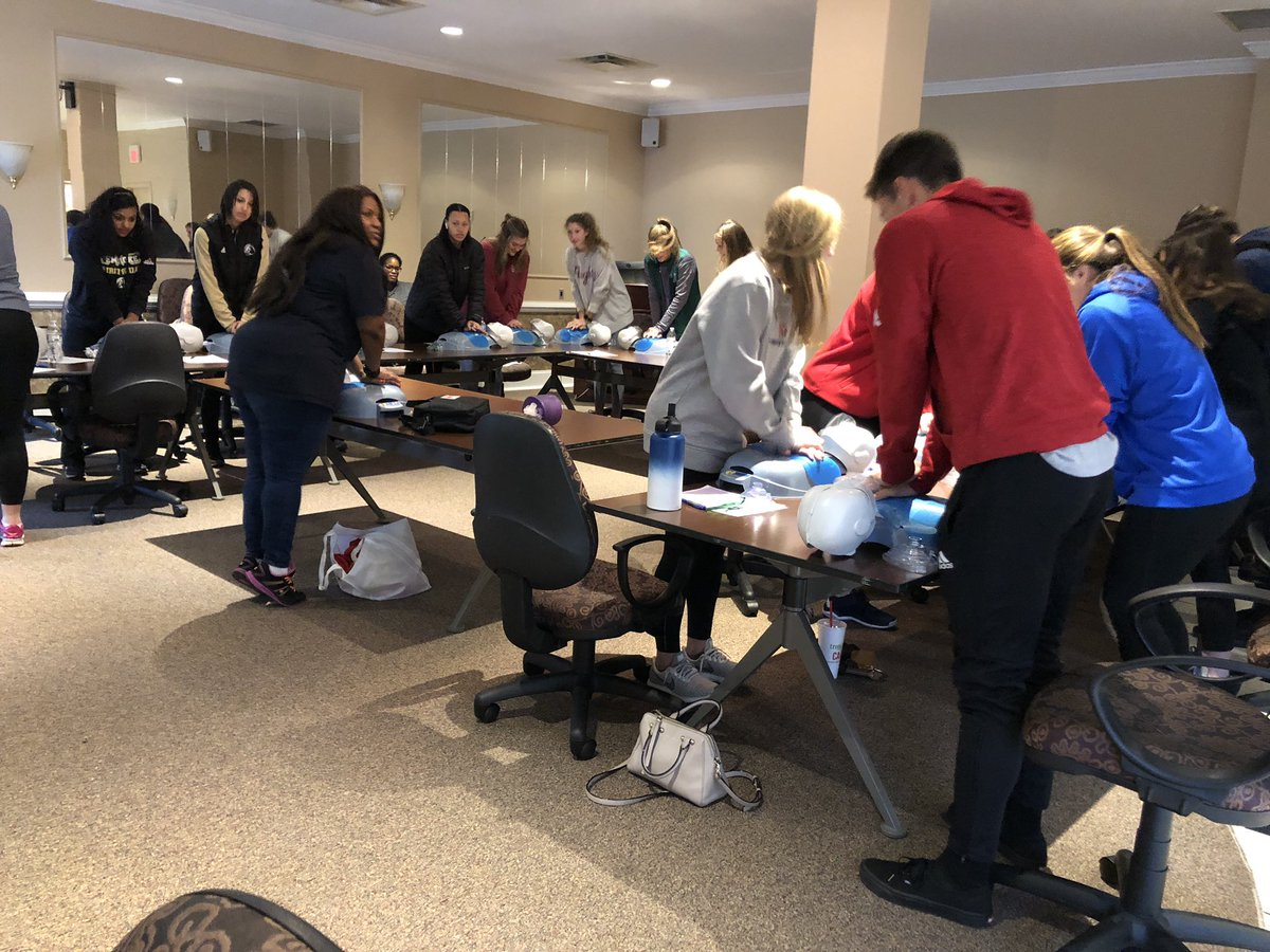Peach Belt On Twitter Pbc Saac Members Getting Cpr Certification