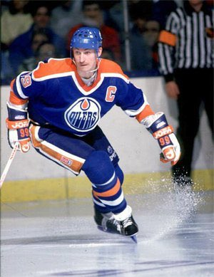 I m a day late but that doesn t matter. Happy Birthday Wayne Gretzky