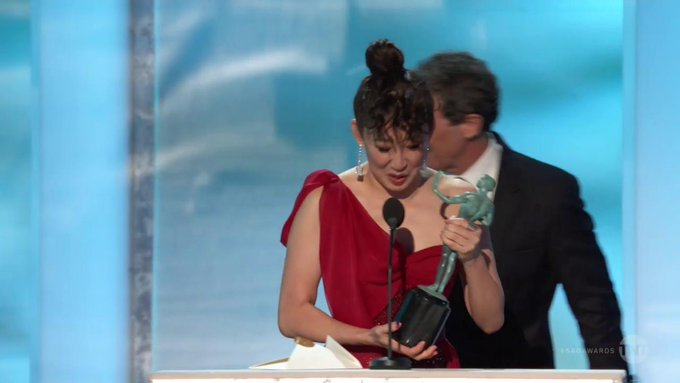 Screen Actors Guild Awards - Page 10 Dx9vYKvVAAA4_xo