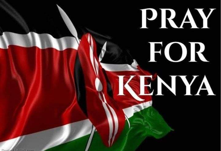 Our thoughts and prayers with all those trapped in the terror attack in Dusit Hotel,Nairobi. May God's protection prevail.🙏 #DusitAttack https://t.co/VhP8CO5y9b