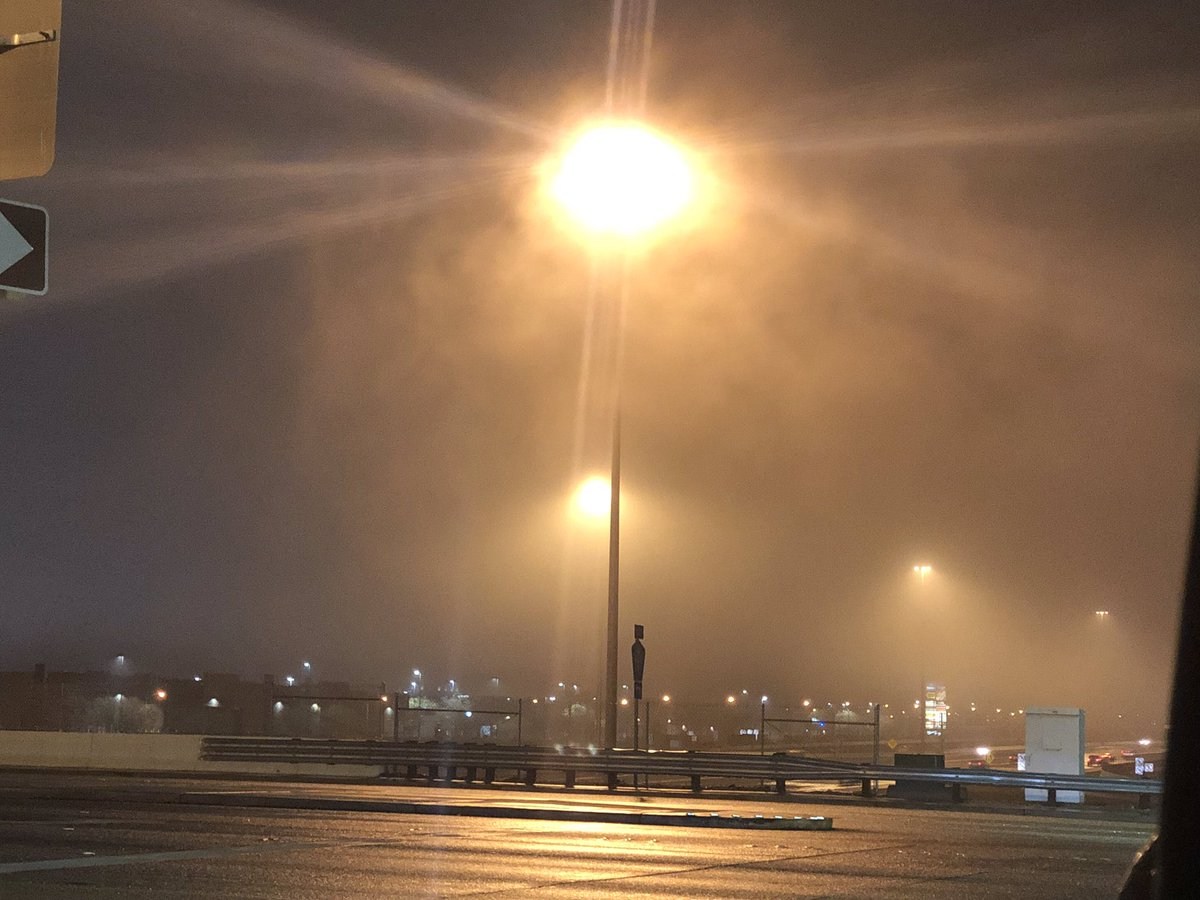 RIGHT NOW: it looks more like London than Sin City. Pictures don't do it justice but be extremely careful of fog filling the valley's skies tonight. @KTNV LIVE at 11 starts right now. @TriciaKean @ToddQuinones