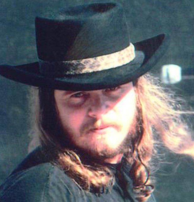 Happy Heavenly Birthday to one of my biggest musical influences! HBD Ronnie Van Zant! Fly High Freebird!