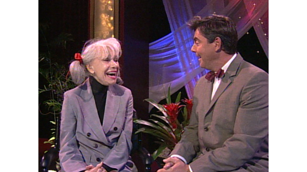 Legendary and beloved Broadway star Carol Channing has passed at away at age 97. Tune in at 10 P.M. to see when the icon taught our very own @DaveScottKUSI some dance lessons!