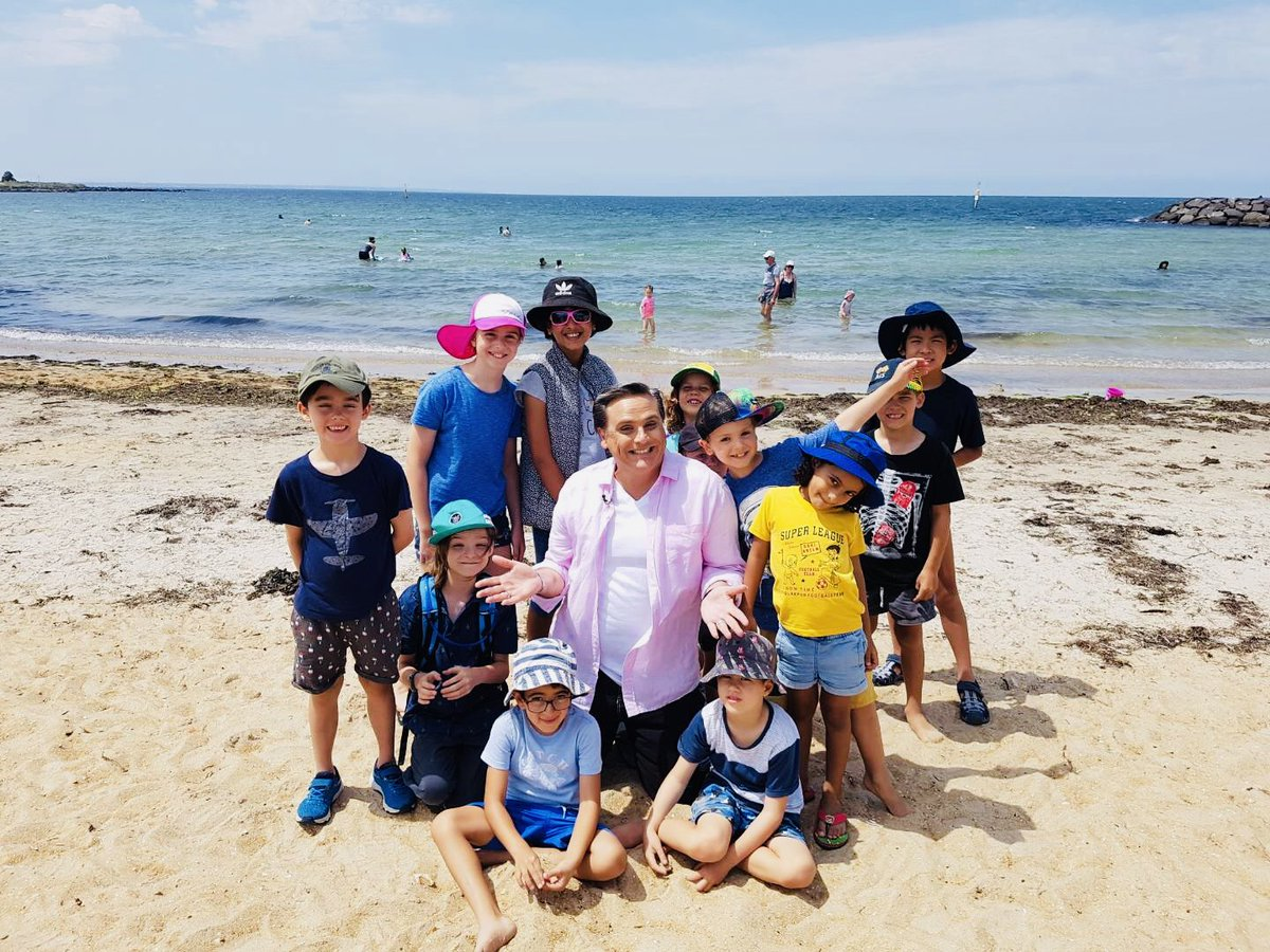 Some serious seaside fun with my new-found friends! To find-out what it's all about, tune-in to @9NewsMelb with @phitchener9 at 6pm