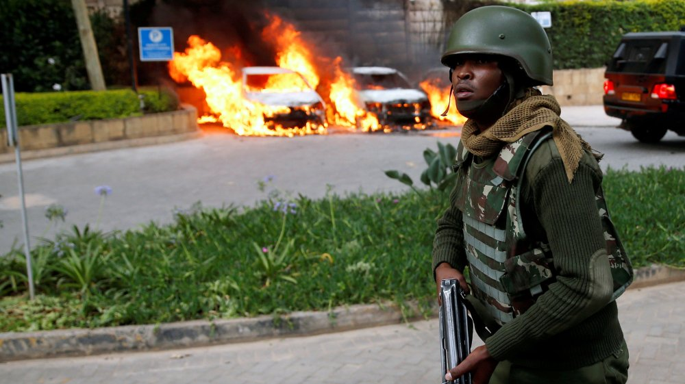 At least 15 killed after gunmen storm hotel complex in Nairobi, Kenya https://t.co/7RI4zFuteQ