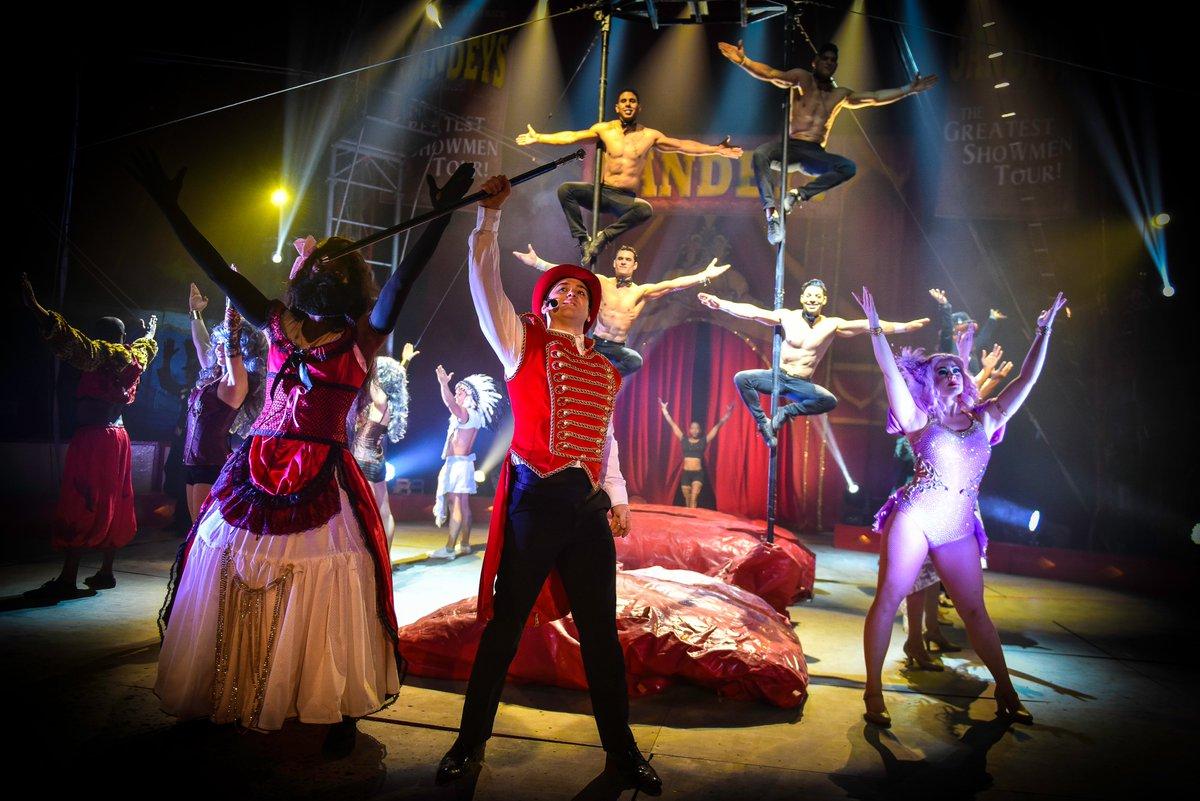 Circus Aintree