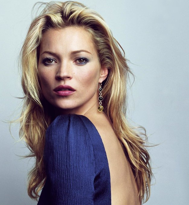 Happy 45th birthday to the incredible fashion & beauty icon, Kate Moss