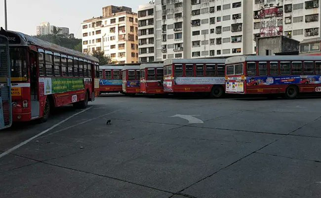 No end to commuter woes as Mumbai bus strike enters ninth day https://t.co/qH4eCasxBz