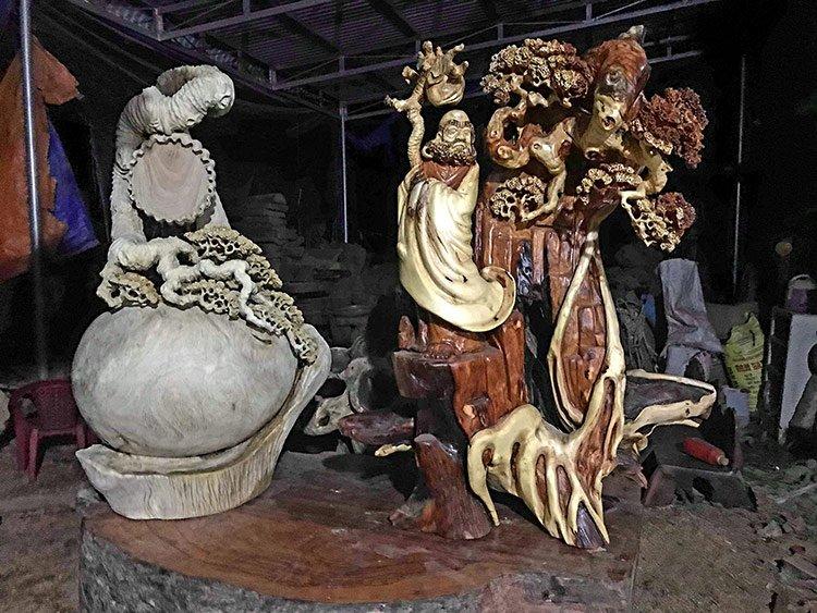 Tượng Đạt Ma bằng gỗ Tùng tác phẩm vượt qua những giá trí về phong thủy ( Mẫu 4 )