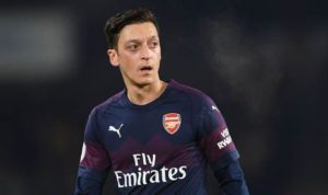Mesut Ozil Has A Decision To Make https://greenpitchanalysis.com/mesut-ozil-has-a-decision-to-make/ …