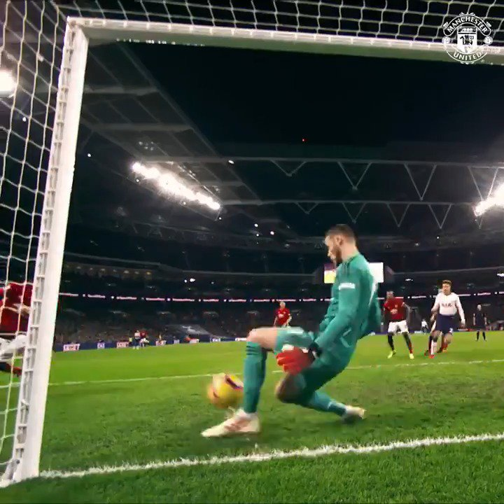 Another must-watch edition of #DaveSaves for the collection!  D_DeGea 🤩 #MUFC
