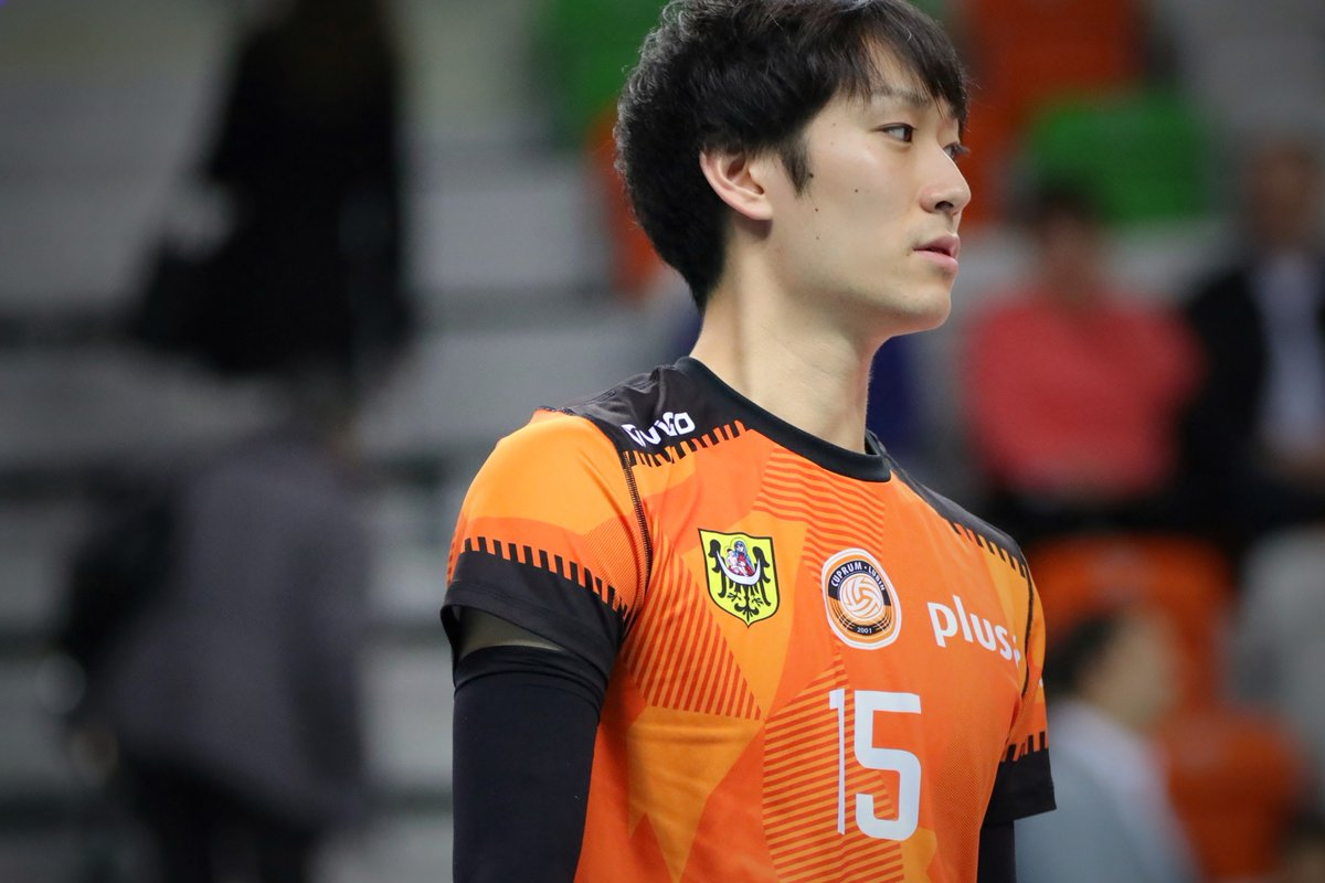 RT @anuenueee: 181125 PlusLiga Cuprum Lubin 柳田将洋選手 https://t.co/3dFvm19rad