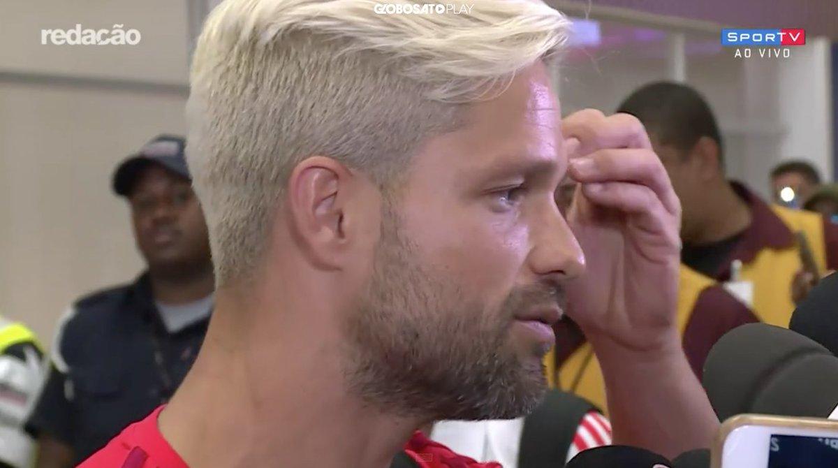 O campeão da Flórida Cup desembarcou no Rio!  #RedacaoSporTV https://t.co/GLRnFX7mpk