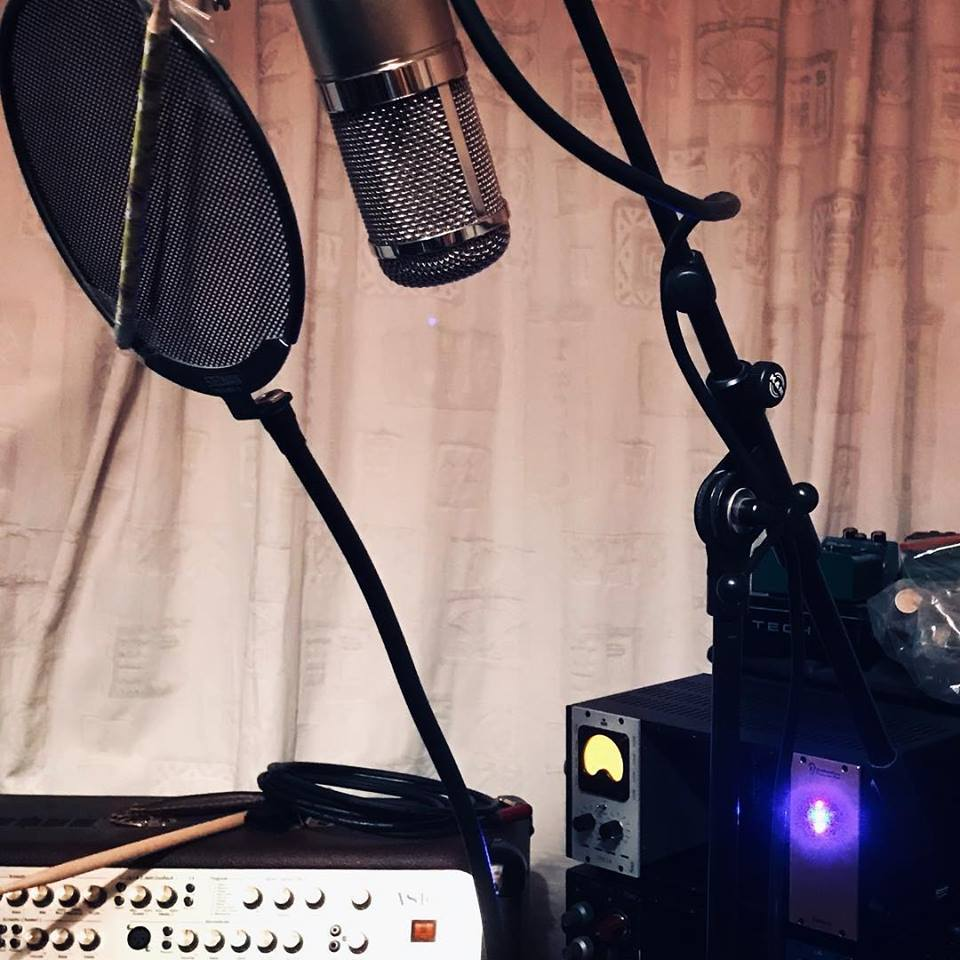 test Twitter Media - Testing testing 1, 2. The telefunken tube beast is set to track final vocals on my EP. The #studio is also available for your next #vocal #recording #project #karaoke #singing #party. Complete with modded #u47 clone, #Neve #1073 #igs la2a clone, #uad #soundtoys #wavesaudio + You! https://t.co/cjjwz1lKKO