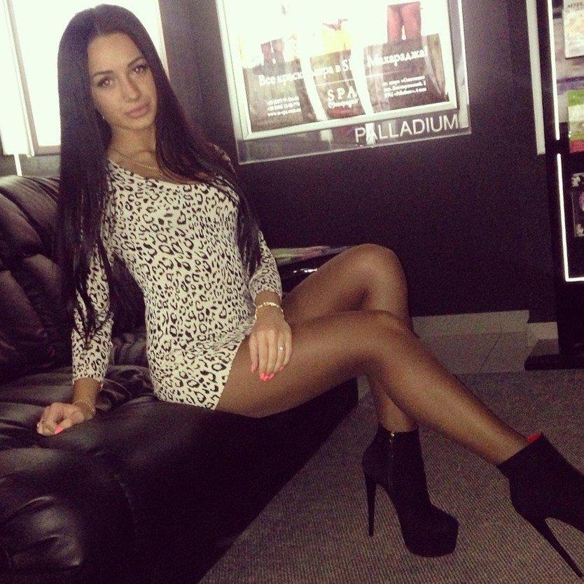 Alyssa milano exercise video xx