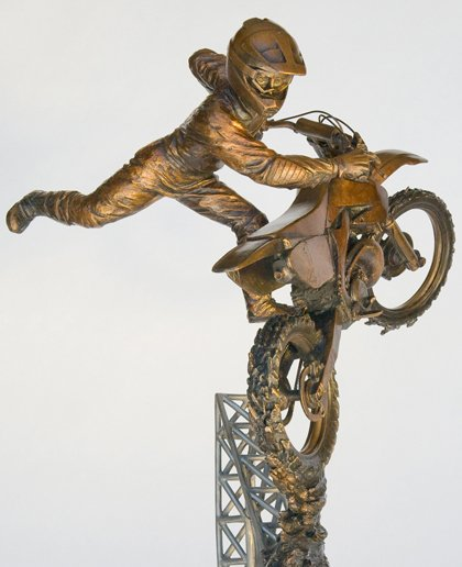@JeremyMcGrath bronze sculpture of his signature Nac Nac is on display at the AMA Motorcycle Hall Of Fame located in Pickerington, Ohio. The sculpture was crafted by artist Steve Posson #supercross #motocross #supercrossKING #sculpture #sculptures #Bronze #nacnac #signature