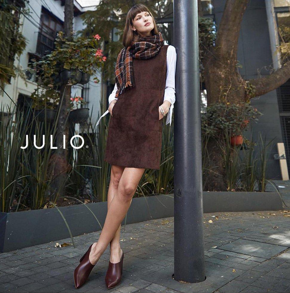 Nada viste mejor a una mujer que la confianza en sÍ misma.  http://julio.com #EligeJULIO  👗👗👗