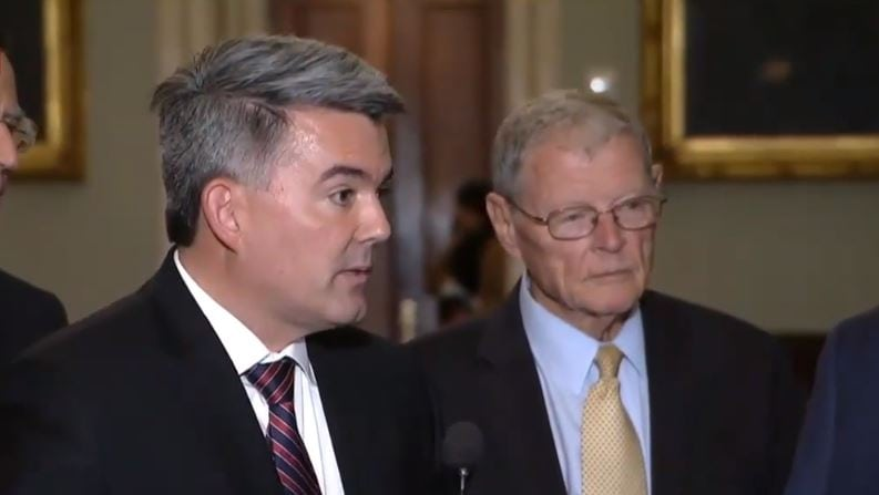GOP Senators Have the Most to Lose in Trump's Shutdown Disaster dlvr.it/QwpNyj