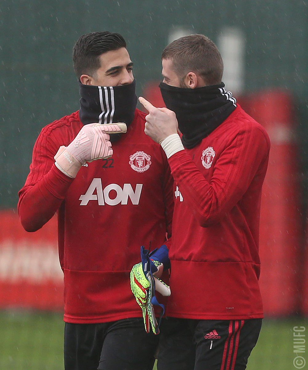 👉👈 Welcome back to #MUFC training, @ElgatoPereira1! 😊