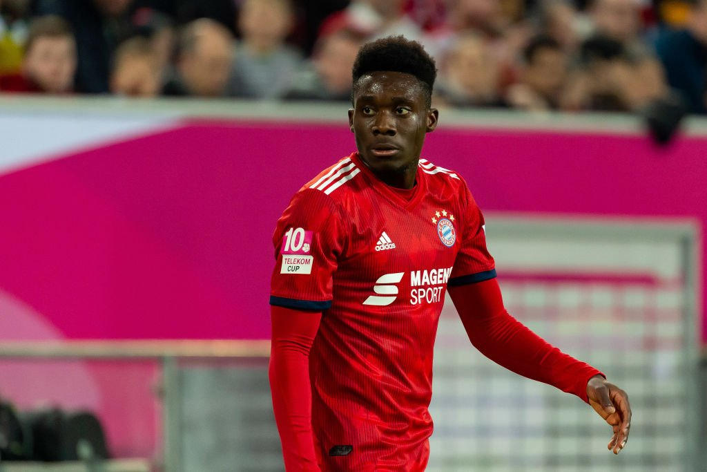 ⚠️ Alphonso Davies is coming, @Bundesliga_EN ⚠️ 🎥: @FCBayern
