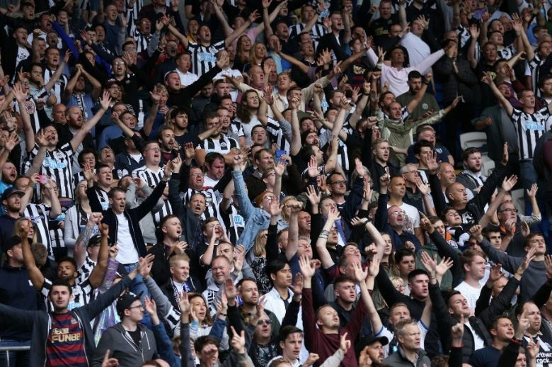 Follow &amp; RT to win tickets to Spurs vs @NUFC at Wembley Stadium on Saturday 2nd February! We'll give away two pairs of tickets this week!   Must be a #NUFC season ticket holder or member to enter. 18+<br>http://pic.twitter.com/LnvmxPwVTh