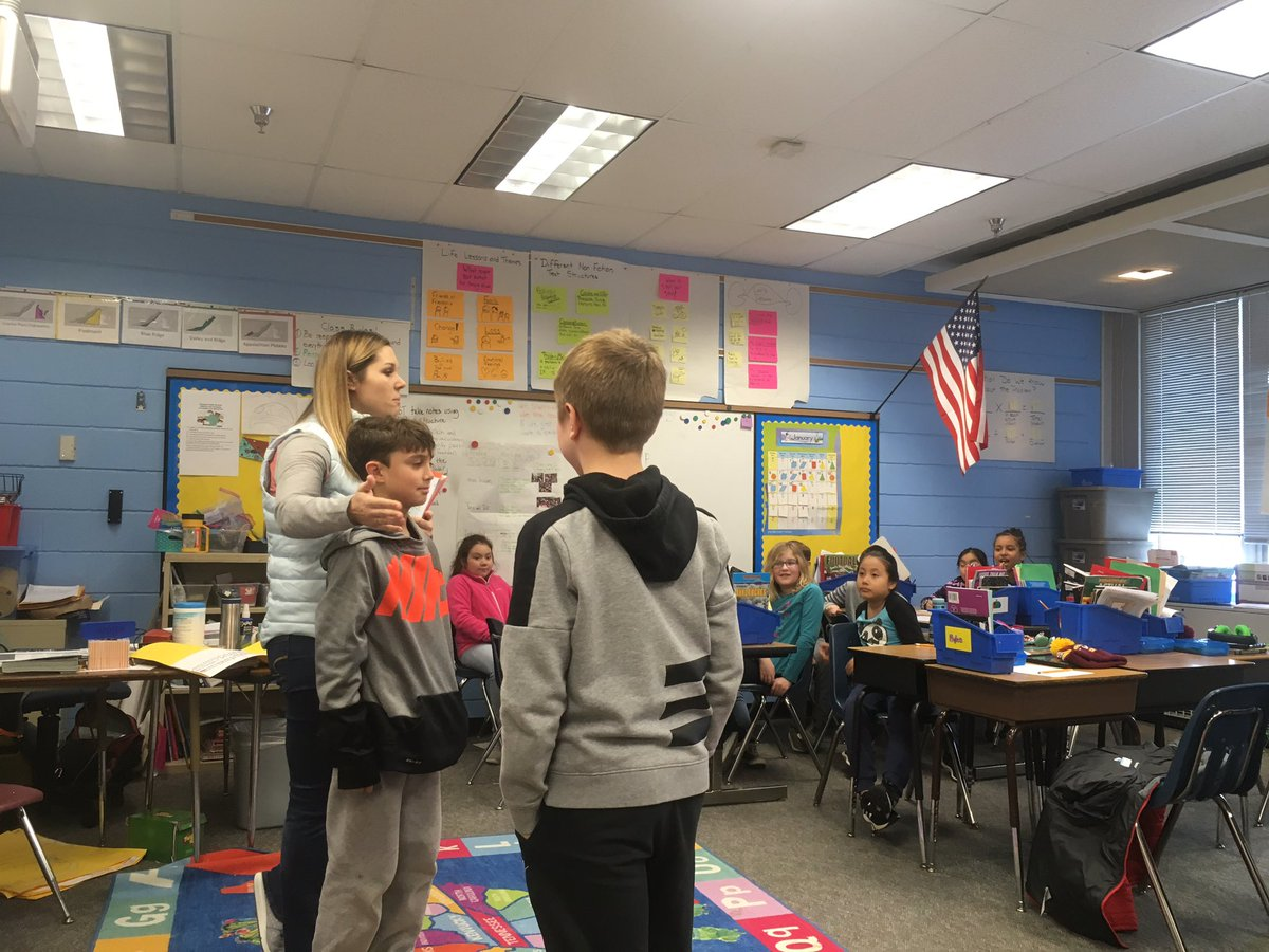 Learning about internet safety <a target='_blank' href='http://search.twitter.com/search?q=KWBPride'><a target='_blank' href='https://twitter.com/hashtag/KWBPride?src=hash'>#KWBPride</a></a> <a target='_blank' href='https://t.co/Y7MVTfOBhx'>https://t.co/Y7MVTfOBhx</a>
