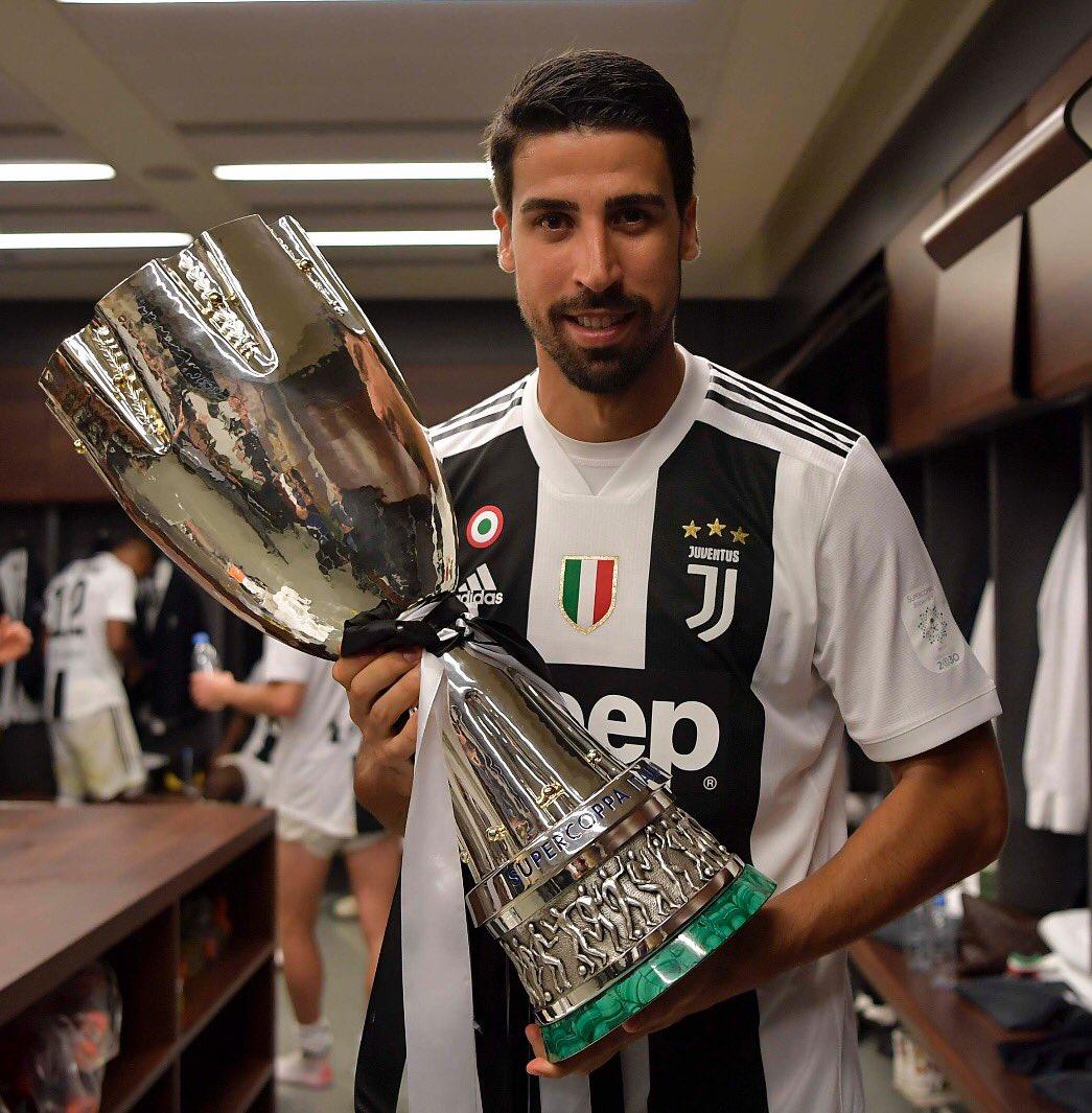 One more 🏆✨ #Supercoppa #ForzaJuve #SK6 @juventusfc