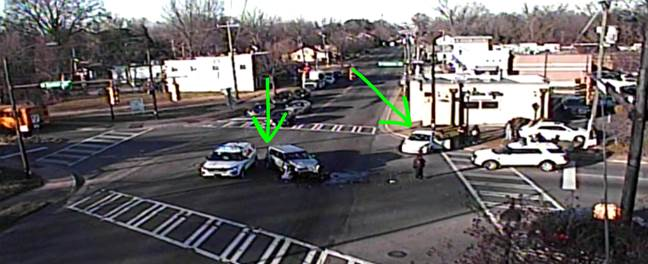 Accident - Beatties Ford Rd at Oaklawn Ave #clttraffic #clt<br>http://pic.twitter.com/NFSXLPaGeE