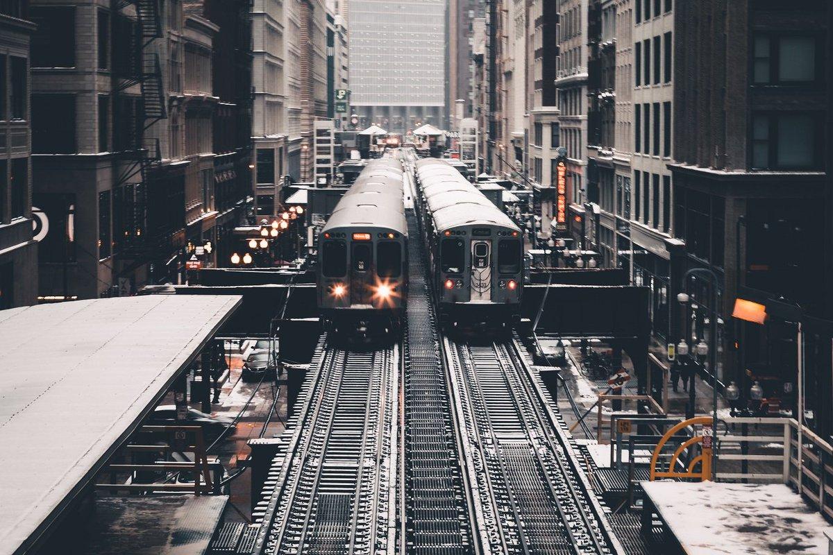 The Chicago Subway Photo by Burst <br>http://pic.twitter.com/k2j3mQN9q2