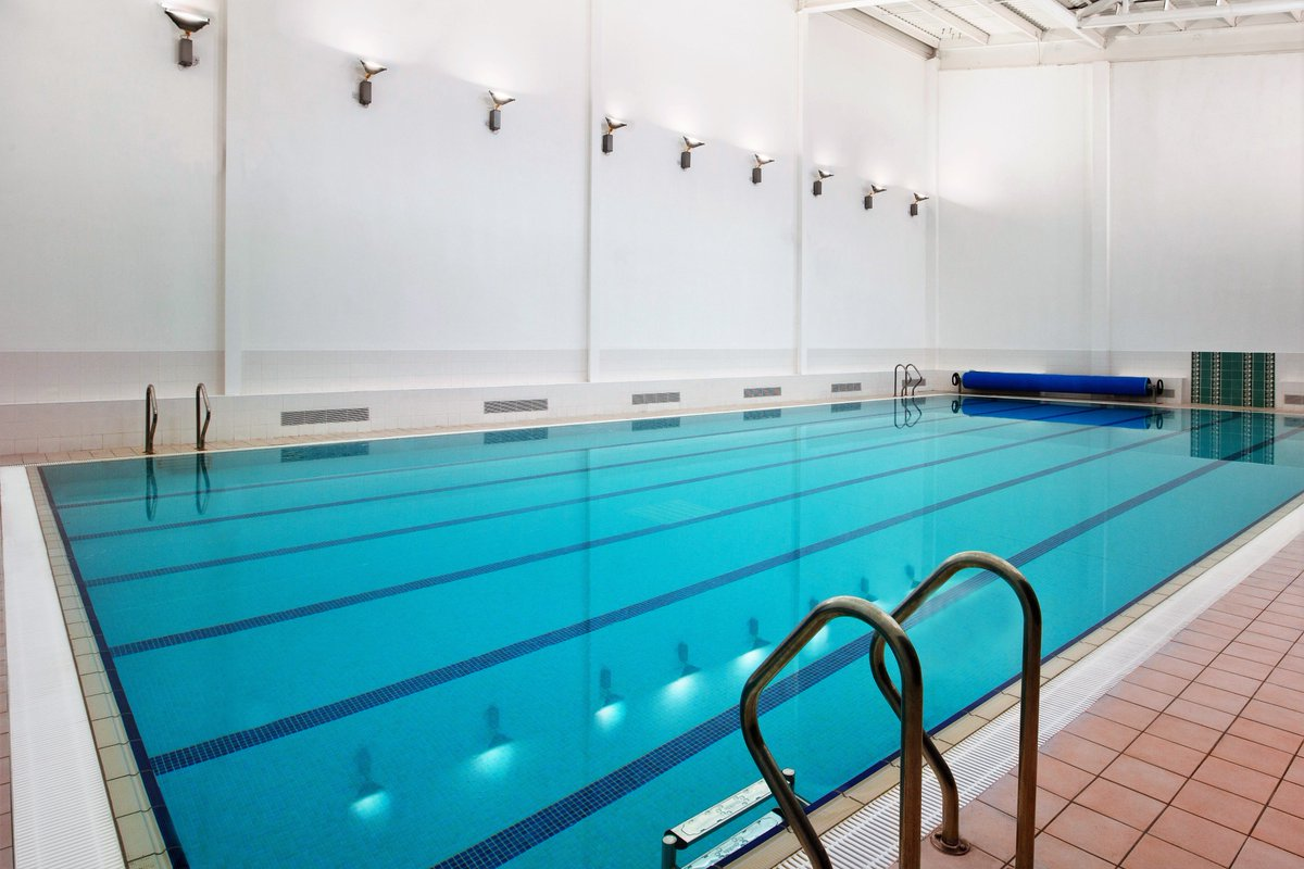 We have guest passes available for our Leisure Club. This includes acess to our #swimmingpool, #sauna, #steamroom and #gym. Four guest passes for €25, available from our gym reception #gymlife  #FitnessMotivation