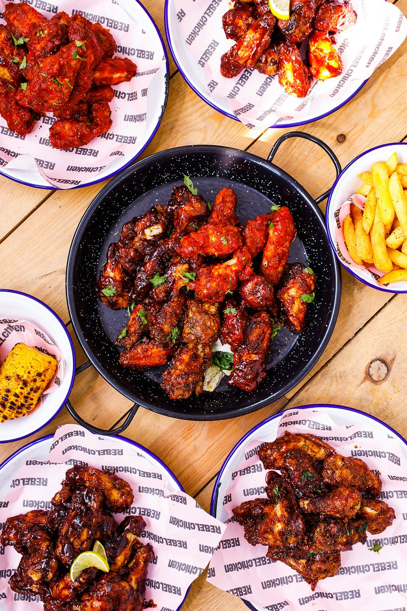 What's better than chicken wings? 🤔 How about BOTTOMLESS chicken wings? 🐔 All you can eat wings only £15pp Weds & Thurs, £20pp Fri & Sat 🍗 #chickenwings #birmingham #restaurant #wingingit